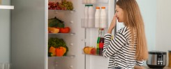 How Do I Get Rotten Smell Out Of Fridge? 4 Tips
